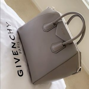 Givenchy medium Antigona bag. Grey pearl